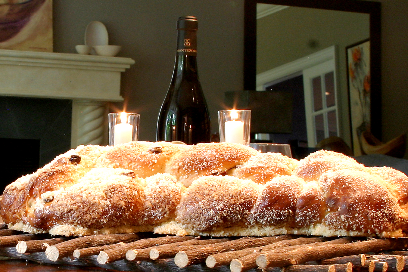 Challah at the table 4