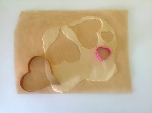 Cutting out hearts