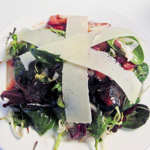 strawberry and manchego salad