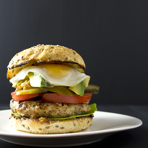 burger with egg 2 625 sq