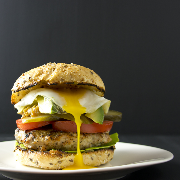 burger with runny egg 625 sq