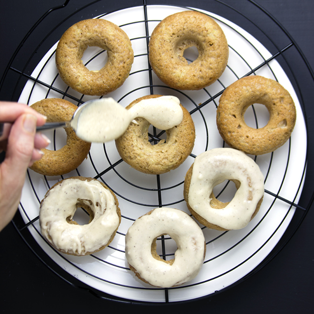 icing cake donuts 626 sq