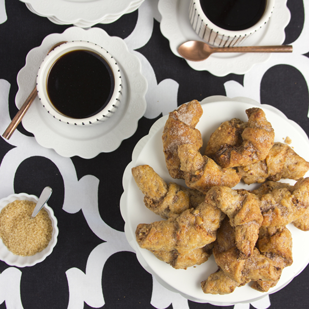 coffee and rugelach 625 sq