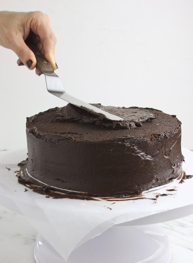 icing cake 2