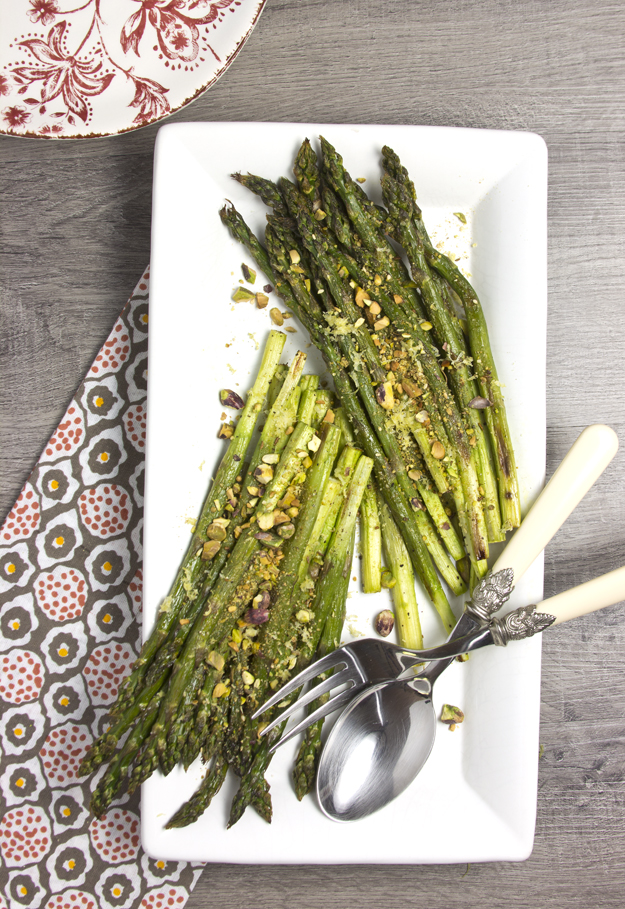 asparagus on white platter