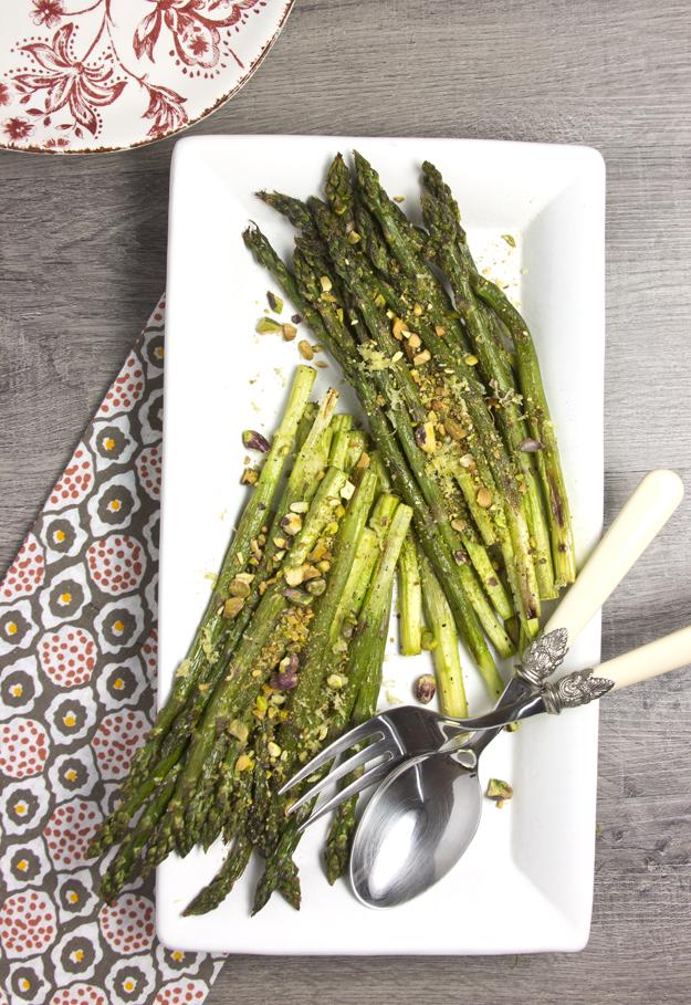 asparagus on white platter