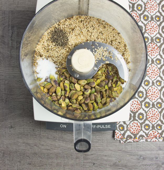making dukkah 1