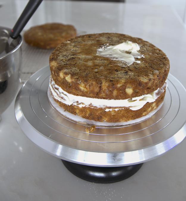 assembling cake 1