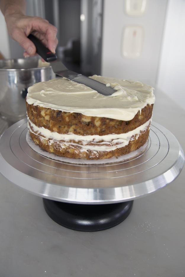 assembling cake 2