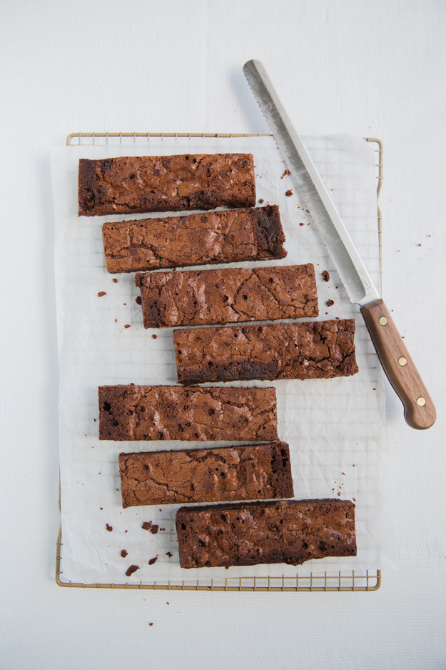 cutting brownies